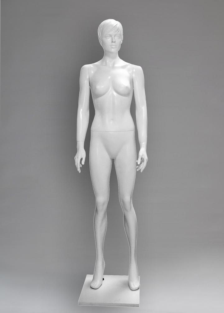 Female mannequin of the Eleanor series