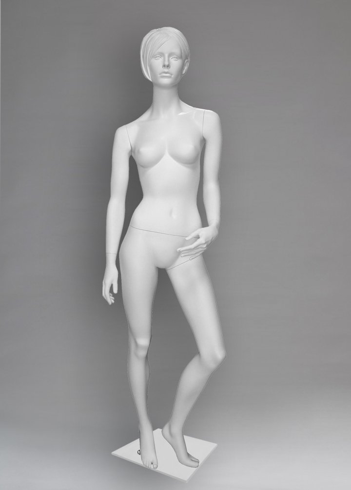 "Female mannequin of the series ""Capital"""