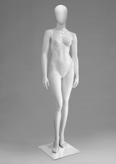 Female mannequins of the Alien series 17