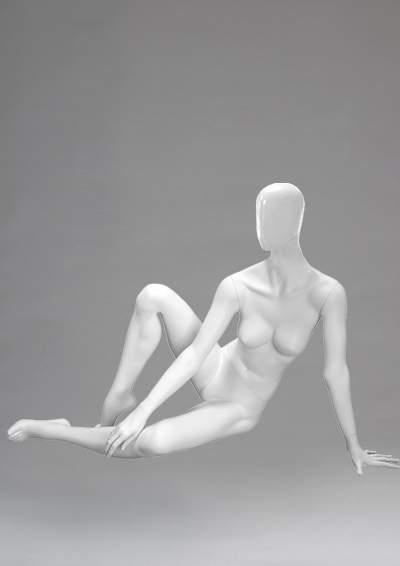 Female mannequins of the Alien series 03