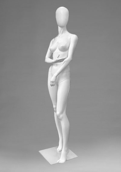 Female mannequins of the Alien series 34
