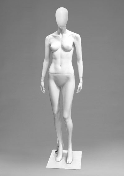 Female mannequins of the Alien series 37