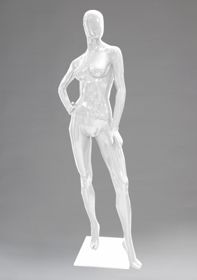 Female mannequins of the Alien series 04
