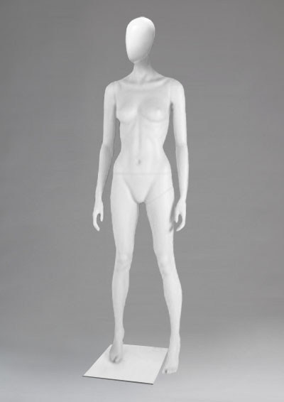 Female mannequins of the Alien series 48