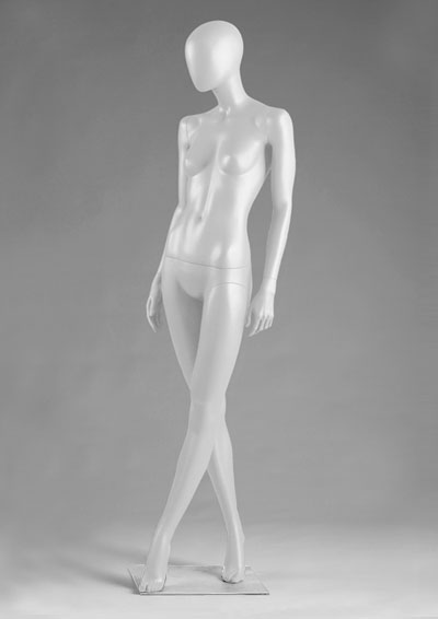 Female mannequins of the Alien Series 51