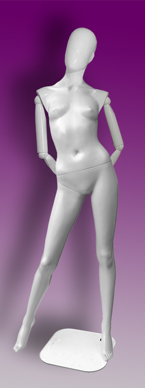 Female mannequins of the Insight series 15