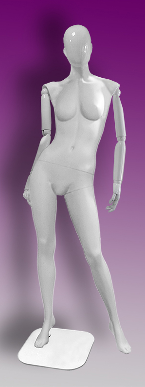 Female mannequins of the Insight series 13