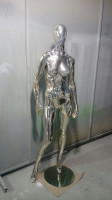 Shiny-Chrome 5 Female Mannequins