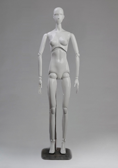 Female mannequin of the Evolution series
